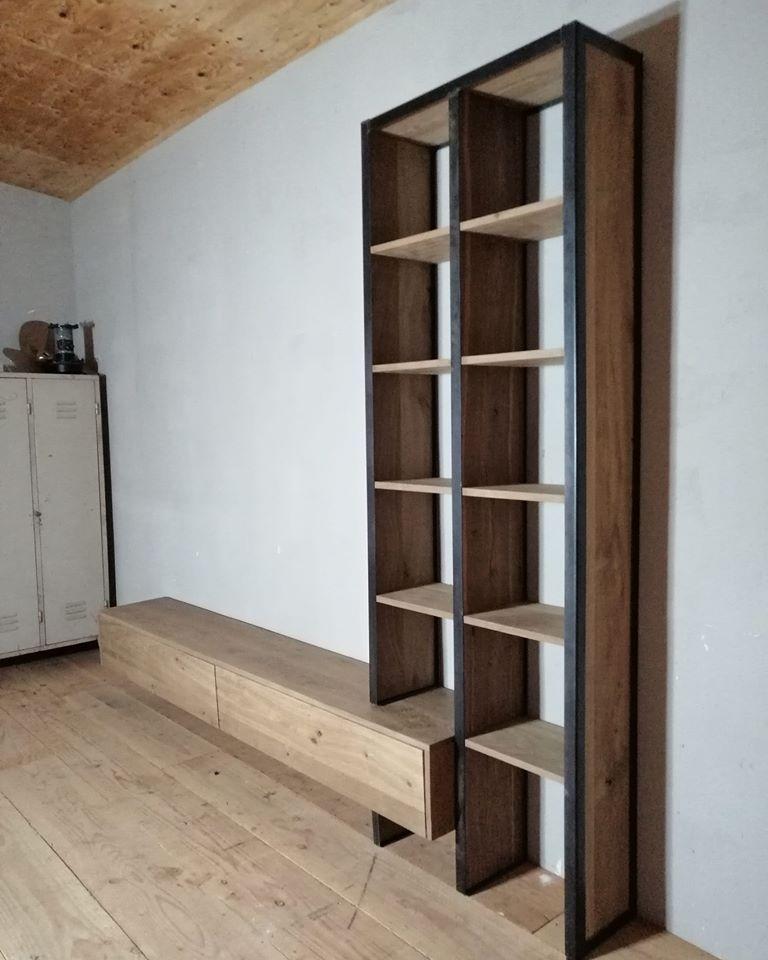 industriële tv meubel met een boekenkast (gerookt)