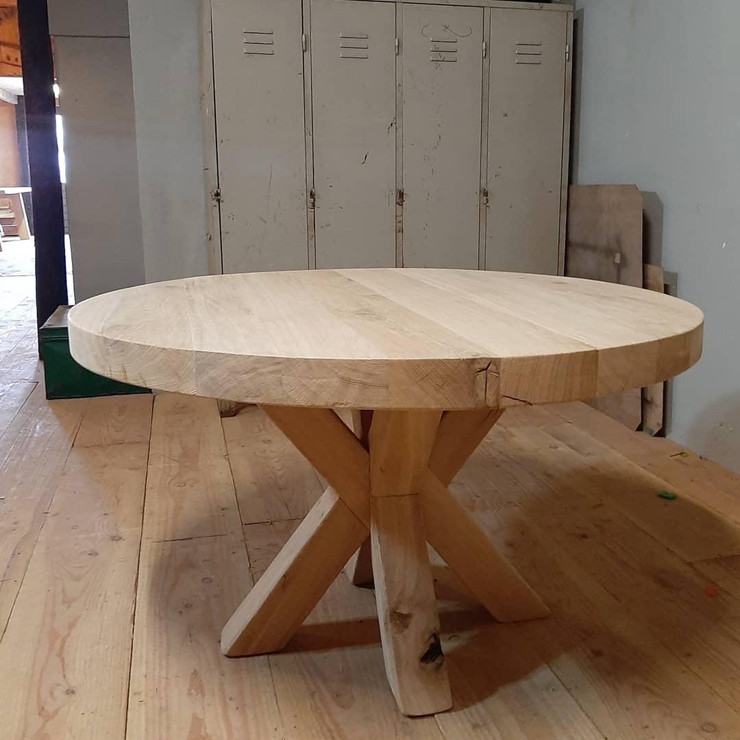 Eiken tafel rond